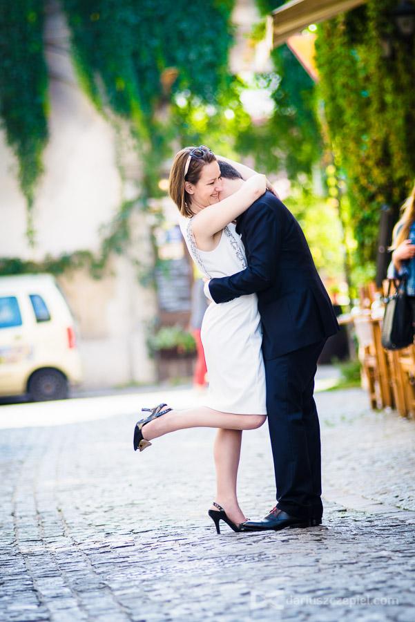 plener ślubny na krakowskim kazimierzu