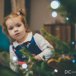 Bożonarodzeniowa sesja zdjęciowa z dzieckiem w wykonaniu: Dariusz Czepiel fotograf z Krakowa